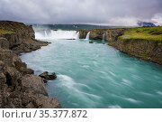 Gorgeous Godafoss waterfalls in north Iceland. Slow shutter speed. Стоковое фото, фотограф Zoonar.com/IMSS / easy Fotostock / Фотобанк Лори