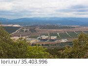 Вид на Балаклавскую ТЭС с Сапун-горы в городе Севастополе, Крым (2020 год). Стоковое фото, фотограф Николай Мухорин / Фотобанк Лори
