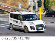 Fiat Doblo (2014 год). Редакционное фото, фотограф Art Konovalov / Фотобанк Лори