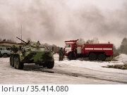Спецтехника в аэропорту города Бийска. Редакционное фото, фотограф Free Wind / Фотобанк Лори
