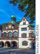 OLd Freiburg City Hall (Rathaus) was completed in 1559, Freiburg im... Стоковое фото, фотограф Zoonar.com/Boris Breytman / easy Fotostock / Фотобанк Лори