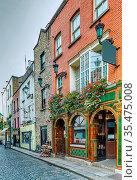 Temple Bar street in Dublin city center, Ireland. Стоковое фото, фотограф Zoonar.com/Boris Breytman / easy Fotostock / Фотобанк Лори