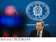 Italian Prime Minister Mario Draghi during a press conference in ... Редакционное фото, фотограф Francesco Fotia / AGF/Francesco Fotia / AGF / age Fotostock / Фотобанк Лори