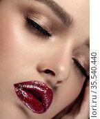 Woman with glittery red lips closeup portrait. Стоковое фото, фотограф Людмила Дутко / Фотобанк Лори