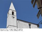 Колокольня католической церкви. Изола, Словения (2011 год). Стоковое фото, фотограф Вадим Хомяков / Фотобанк Лори