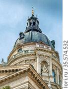 St. Stephen's Basilica is a Roman Catholic basilica in Budapest, Hungary... Стоковое фото, фотограф Zoonar.com/Boris Breytman / easy Fotostock / Фотобанк Лори