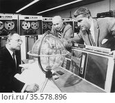 Werner Magnus Maximilian Freihier von Braun (1912-1977) German scientist... Редакционное фото, агентство World History Archive / Фотобанк Лори