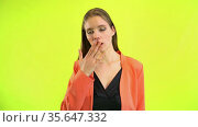 Woman rolling eyes while being fed up or bored with interlocutor. Стоковое видео, видеограф Gennadiy Poznyakov / Фотобанк Лори