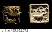 Square seal, Harappa, Sind, about 2000 BC.  Glazed steatite.  Indus... Редакционное фото, агентство World History Archive / Фотобанк Лори