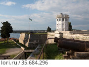 Croatia, Pula - the fortress from 1630 on the highest hill, today the seat of the Historical and Maritime Museum of Istria (2016 год). Редакционное фото, агентство Caro Photoagency / Фотобанк Лори