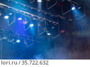Stage lights. Soffits. Concert light. Стоковое фото, фотограф Евгений Ткачёв / Фотобанк Лори