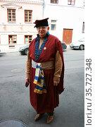 Мужчина в историческом костюме (2010 год). Редакционное фото, фотограф Марина Шатерова / Фотобанк Лори