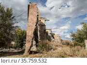 The building destroyed by the earthquake of 7 December 1988 in the city of Gyumri in Armenia (2018 год). Стоковое фото, фотограф Наталья Волкова / Фотобанк Лори