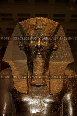Statue of king Amenhotep III
