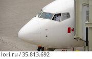 Airplane captain aviation seat (2017 год). Редакционное видео, видеограф Игорь Жоров / Фотобанк Лори
