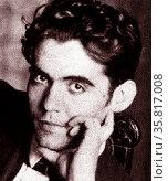 Federico Garcia Lorca (1898–1936), Spanish poet. Редакционное фото, агентство World History Archive / Фотобанк Лори