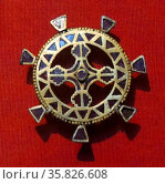Gold and Garnet Disc Brooch 300 A.D. From Kerch. Редакционное фото, агентство World History Archive / Фотобанк Лори