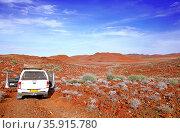 Fahrt durch die Weite Namibias, Landschaft Palmwag, driving through... Стоковое фото, фотограф Zoonar.com/W. Woyke / age Fotostock / Фотобанк Лори