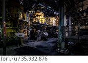 Coal crushing mills at a coal powered power station. These mills are where the coal is crushed prior to combustion in the boiler. PF on the sign stands... Стоковое фото, фотограф Doug Gimesy / Nature Picture Library / Фотобанк Лори