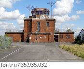 Exterior of disused Upper Heyford Control Tower. Редакционное фото, агентство World History Archive / Фотобанк Лори