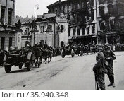 German army enters Warsaw, Poland at the beginning of World War two. 1939. Редакционное фото, агентство World History Archive / Фотобанк Лори