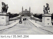 Photographic print of the Pont d'Iéna. Редакционное фото, агентство World History Archive / Фотобанк Лори