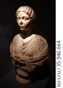 Roman marble bust of an unknown noble woman, 2nd century AD (2016 год). Редакционное фото, агентство World History Archive / Фотобанк Лори