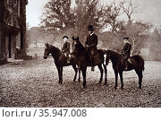 Photograph of Prince Albert and Prince Edward riding in Windsor Park (2016 год). Редакционное фото, агентство World History Archive / Фотобанк Лори