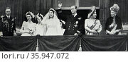 Photograph of Queen Elizabeth The Queen Mother, King George VI with the newly wed Princess Elizabeth and Prince Philip, Duke of Edinburgh (2016 год). Редакционное фото, агентство World History Archive / Фотобанк Лори