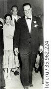 Former Argentine President Juan Peron, with Nelida (Nelly) Rivas. Редакционное фото, агентство World History Archive / Фотобанк Лори