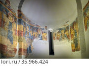 Romanesque fresco titled 'Pantocrator' by the Master of Taüll. Редакционное фото, агентство World History Archive / Фотобанк Лори