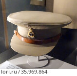 army cap worn by Sir Winston Churchill, british Prime Minister during World war two. 1942. Редакционное фото, агентство World History Archive / Фотобанк Лори