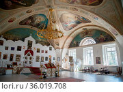 Yaroslavl, Russia - May 8, 2016: Interior of the Kazan women's monastery... Стоковое фото, фотограф Zoonar.com/Yuri Dmitrienko / easy Fotostock / Фотобанк Лори