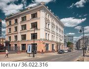 Myasnitskaya Street, view of Anna Perlova former profitable house with stores, 1917, landmark. Редакционное фото, фотограф Алексей Голованов / Фотобанк Лори