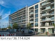 """Berlin, Germany - New construction of condominiums in Prenzlauer Berg"" Редакционное фото, агентство Caro Photoagency / Фотобанк Лори"