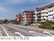 Kota Kinabalu street view (2019 год). Редакционное фото, фотограф EugeneSergeev / Фотобанк Лори