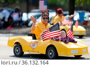 Arlington, Texas, USA - July 4, 2019: Arlington 4th of July Parade... Стоковое фото, фотограф Zoonar.com/Roberto Galan / age Fotostock / Фотобанк Лори