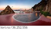 LLORET DE MAR, SPAIN - JUNE 21, 2016: Lloret de Mar Seafront in Catalonia... Стоковое фото, фотограф Zoonar.com/Andrey Omelyanchuk / age Fotostock / Фотобанк Лори