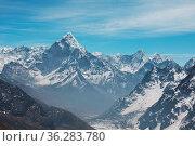 Mountains in Sagarmatha region, Himalaya. Стоковое фото, фотограф Zoonar.com/Galyna Andrushko / easy Fotostock / Фотобанк Лори