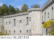 Forte Santa Viola ist ein militärisches Bauwerk auf dem Monte Viola... Стоковое фото, фотограф Zoonar.com/Eder Christa / easy Fotostock / Фотобанк Лори