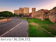 TARRAGONA, SPAIN - JUNE 27, 2016: Ruins of Ancient Roman Circus in... Стоковое фото, фотограф Zoonar.com/Andrey Omelyanchuk / age Fotostock / Фотобанк Лори