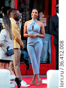 'Reminiscence' Premiere held at TCL Chinese Theatre in Hollywood - ... Редакционное фото, фотограф Guillermo Proano / WENN / age Fotostock / Фотобанк Лори