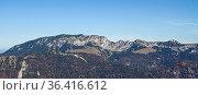 Südliche Ansicht der Benediktenwand vom Gipfel des Staffels aus. Стоковое фото, фотограф Zoonar.com/Eder Christa / easy Fotostock / Фотобанк Лори