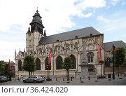 Брюссель, Бельгия. Церковь Нотр Дам де ла Шапель (Notre Dame de la Chapelle), 1405 г. (2017 год). Редакционное фото, фотограф Rokhin Valery / Фотобанк Лори