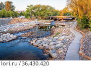 Poudre River and newly constructed whitewater park in downtown of... Стоковое фото, фотограф Zoonar.com/Marek Uliasz / easy Fotostock / Фотобанк Лори