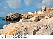 Ansicht der Festungsanlage von Peniche, Centro - Portugal. Стоковое фото, фотограф Zoonar.com/Atlantismedia / easy Fotostock / Фотобанк Лори