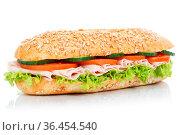 Baguette Brötchen Sandwich Vollkorn belegt mit Schinken frisch freigestellt... Стоковое фото, фотограф Zoonar.com/Markus Mainka / easy Fotostock / Фотобанк Лори