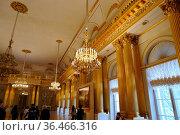 St. Petersburg, Russia - 2016 Feb. 26: Interior of the State Hermitage... Стоковое фото, фотограф Zoonar.com/Dmitry Shabanov / easy Fotostock / Фотобанк Лори