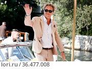 Paolo Sorrentino - 78th Venice Film Festival 2021, Arrivals at the... Редакционное фото, фотограф Antonelli / AGF/Maria Laura Antonelli / age Fotostock / Фотобанк Лори