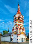 Antipius church is winter temple in the central part of Suzdal. Стоковое фото, фотограф Zoonar.com/Boris Breytman / easy Fotostock / Фотобанк Лори